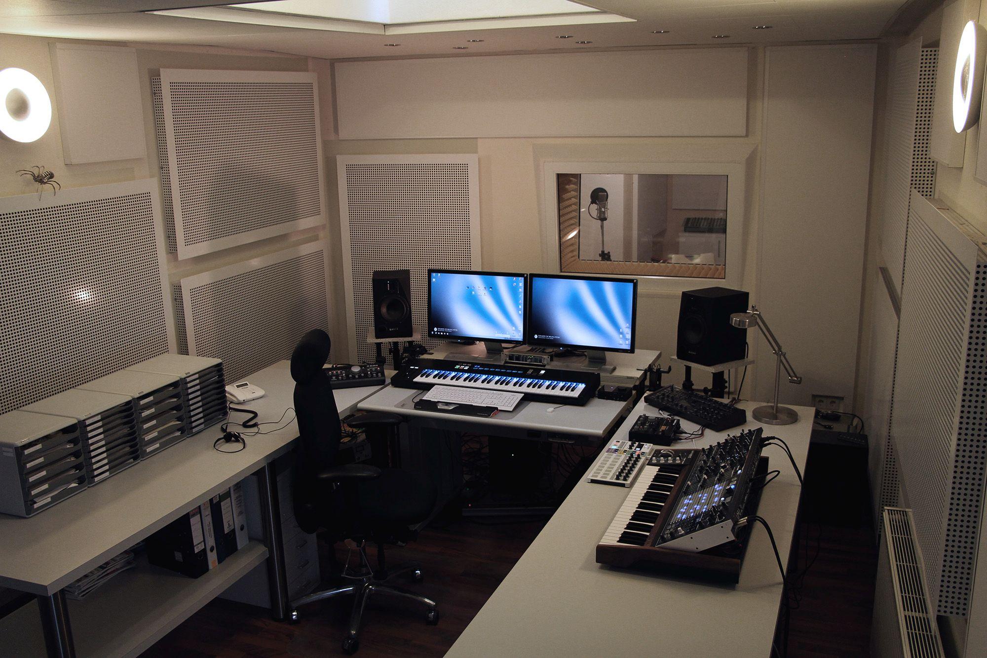 SOR Studio 8-2020